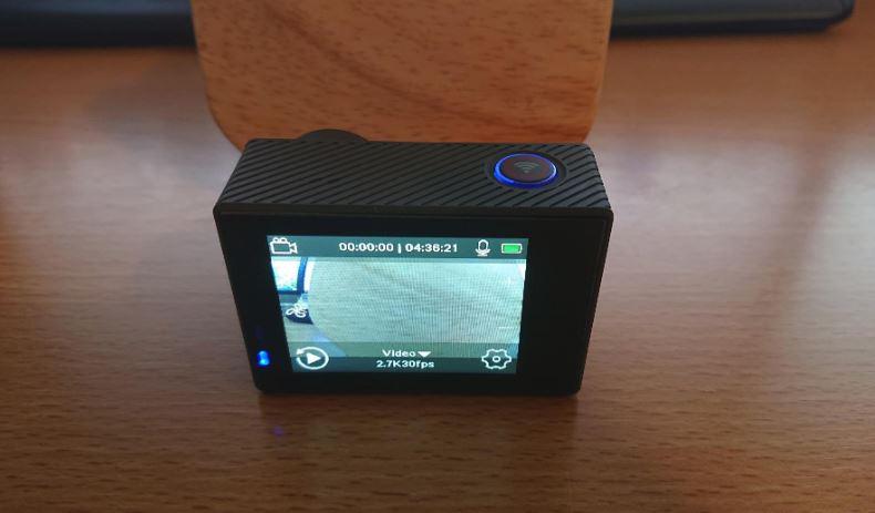 Akaso V50 Elite touchscreen